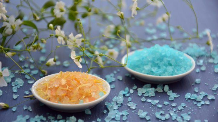 Kąpiel z solą leczniczą