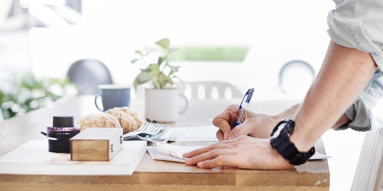 Dokumentacja w firmie – obsługa faktur