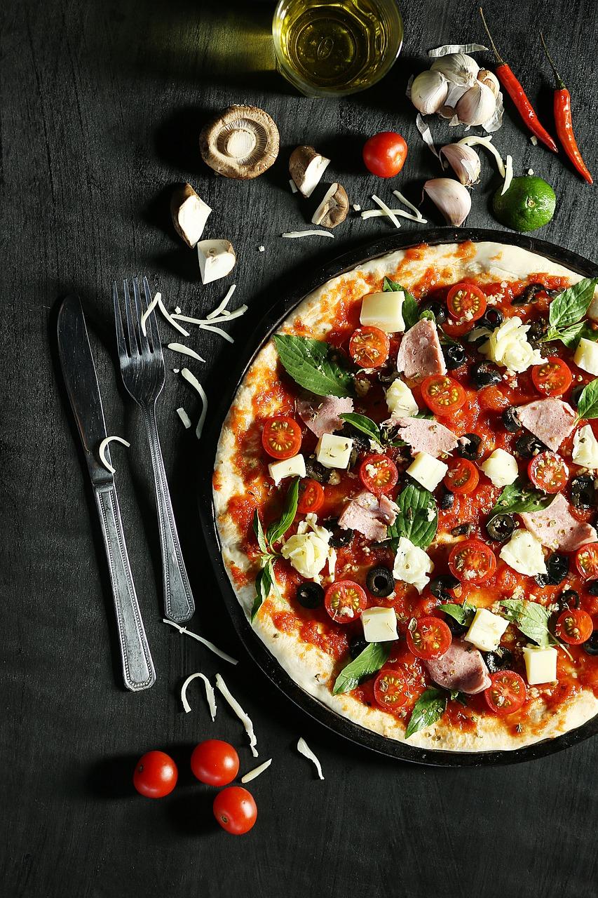 Pizza nocą w Łodzi