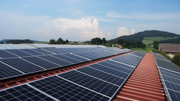 Panele fotowoltaiczne – od czego zależy produkcja prądu